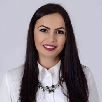 Adriana Poparad